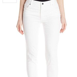 Jones New York ankle secret slimming jean